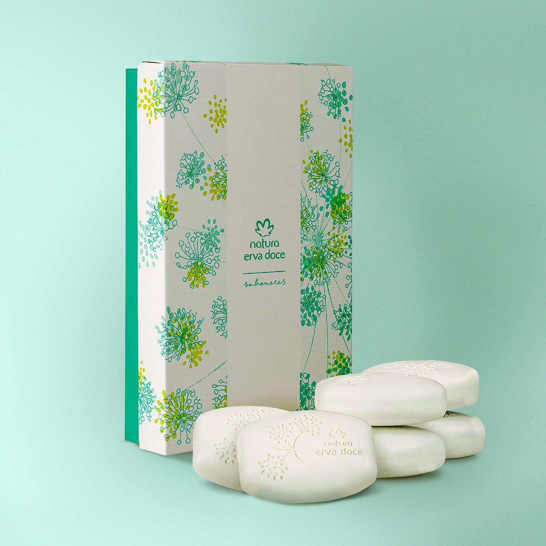 chelles-e-hayashi-design-portfolio-natura-erva-doce-soap-bars-product-packaging-graphic-box