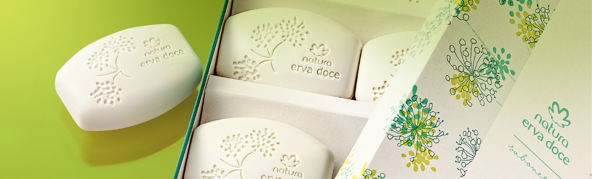 chelles-e-hayashi-design-portfolio-natura-erva-doce-soap-bars-product-packaging-graphic